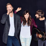 Small lady antebellum
